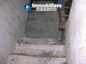 Town house on three levels for sale in Montazzoli 14