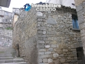 Stone town house on two levels for sale in Montazzoli 1