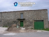 Stone building on two levels for sale in Abruzzo 1