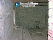 Stone building on two levels for sale in Abruzzo 11