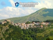 Stone house with garden for sale in Montazzoli 15