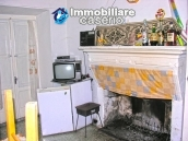 Stone house with garden for sale in Montazzoli 4