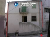 Habitable townhouse located in Quadri, Chieti province 1