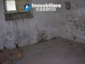 Town house with three indipendent apartments for sale in Abruzzo 15