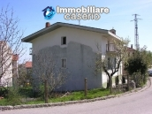 Town house with three indipendent apartments for sale in Abruzzo 2
