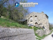 Stone house to be renovated for sale in Tornareccio 2