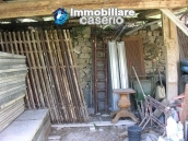 Stone house to be renovated for sale in Tornareccio 5
