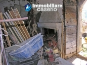 Stone house to be renovated for sale in Tornareccio 6