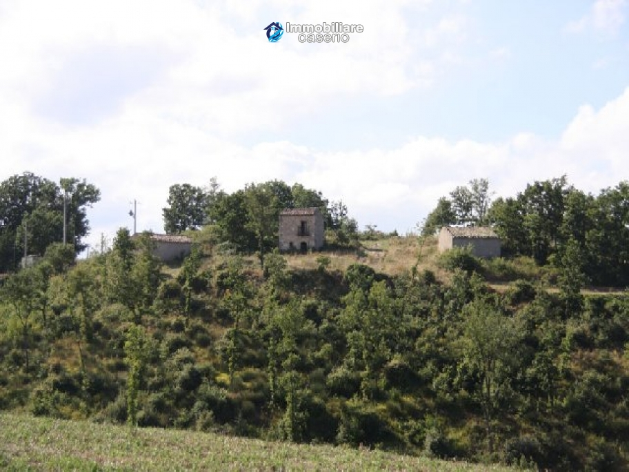 Property with three countryhouses on 12000sqm of land