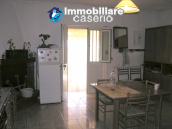 Habitable countryhouse for sale in Pollutri 13