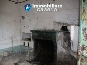 Countryhouse with 3 hectares of land in Salcito, Molise! 11
