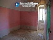 Countryhouse with 3 hectares of land in Salcito, Molise! 13