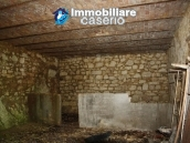 Countryhouse with 3 hectares of land in Salcito, Molise! 16