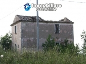 Countryhouse with 3 hectares of land in Salcito, Molise! 2