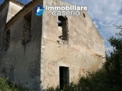 Countryhouse with 3 hectares of land in Salcito, Molise! 5