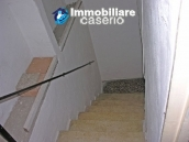 House on four levels for sale in Palmoli 14