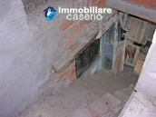 House in Palmoli under renovation work at low cost for sale, Abruzzo 5