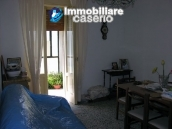Habitable house with land, garden and terrace for sale in Tornareccio, Abruzzo 9