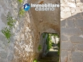 Cottage rustic stone house with land for sale in Gissi, Abruzzo, Italy 24