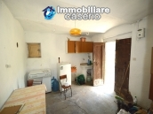 Cottage rustic stone house with land for sale in Gissi, Abruzzo, Italy 7
