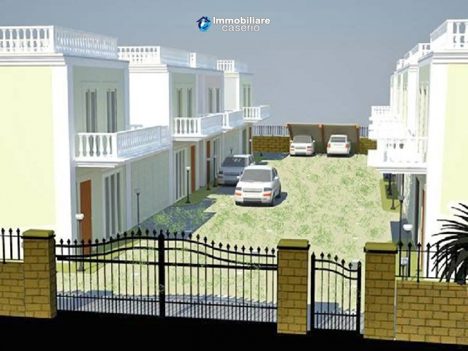 Brand new villas at 4,5km from the beach